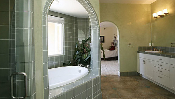 Interior Master Bath Painting